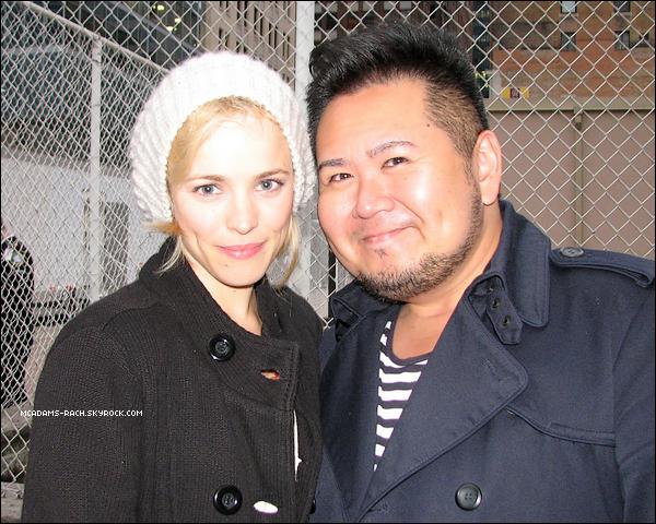 Set The Vow   Un Blogger a visité le set de The Vow situé à Toronto ce 6 septembre. Il a aussi eu la chance de rencontré Rachel McAdams et Channing Tatum. Il a affirmé que pour le film, Rachel porterait une perruque rouge/rousse.