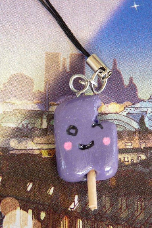 Bijou de portable esquimau violet