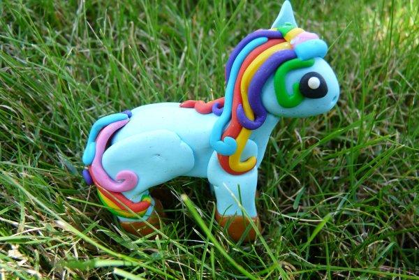 Figurine Little Rainbow Pony