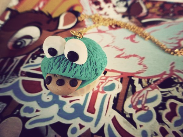 Collier cupcake cookie monster