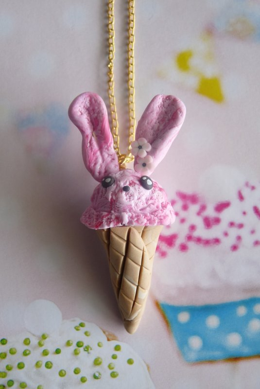 Collier glace Lapin rose