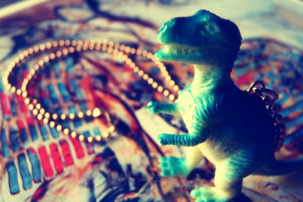 Collier T-Rex