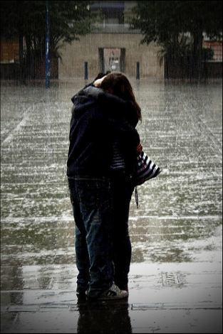 Liebe ist... wenn dir plötzlich jemandwichtiger ist, als du selbst!