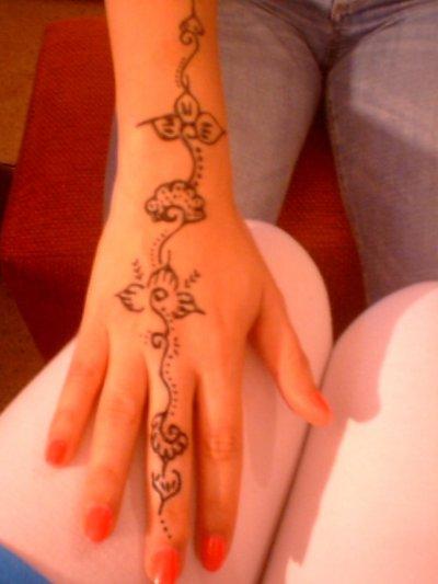 tatouage au hénné