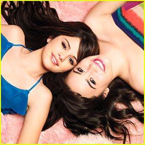 Selena Gomez et Demetria Lovato