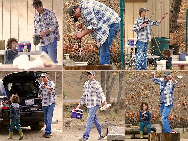 26 janvier 2013 - C'est avec grande surprise que nous retrouvons l'acteur Ashton Kutcher, visiblement de bonne humeur, dans un endroit où pêcher dans Malibu (en Californie), en compagnie d'un petit garçon.