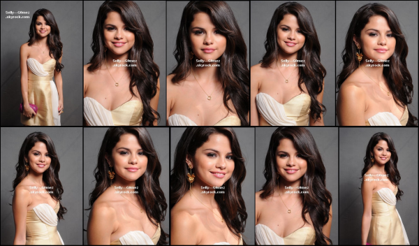 Photos des portraits de Selena le 7 août 2011 lors des Teen Choice Awards
