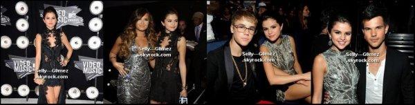Selena était présente aux 2011 MTV Video Music Awards à Los Angeles.