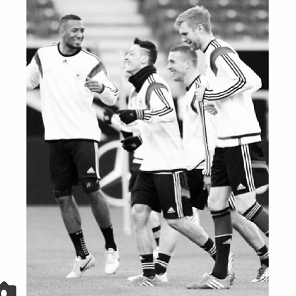 Instagram de Mesut (05.03.14)