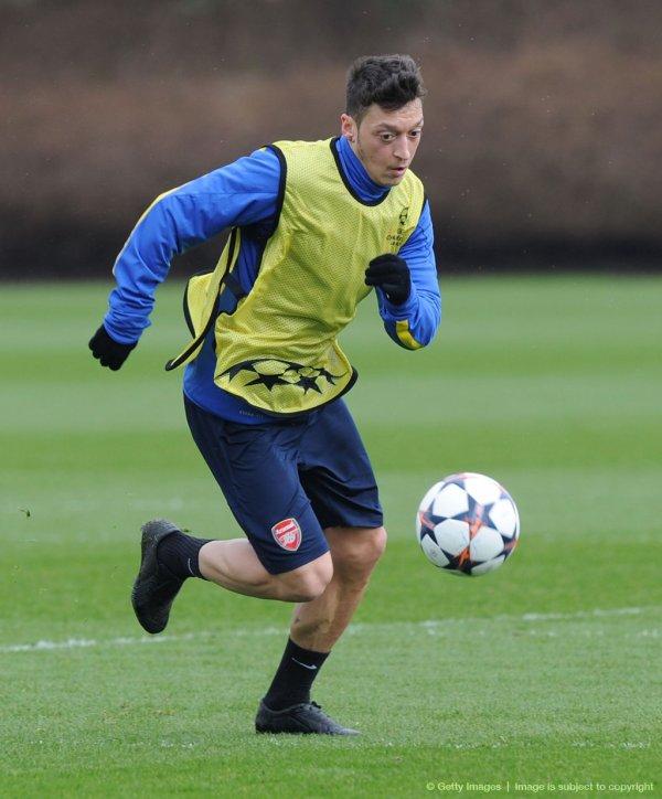 Photos de Mesut à l'entraînement (10.03.14)