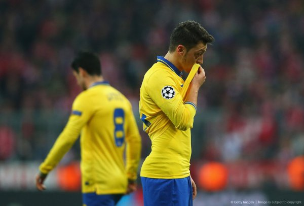 Photos de Mesut pendant le match contre le Bayern Munich (11.03.14)