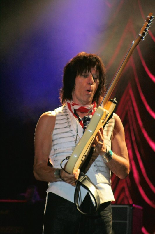 JEFF BECK (Belgium Rhythm' & Blues Festival, Peer, 19. juillet 2009)