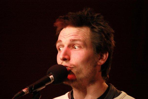 CABARET CHANSON FRANCAISE, Marchin, salle de Village, 11. mars 2011