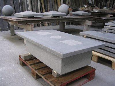 table basse en pierre bleue reconstitu e blog de nardi sprl. Black Bedroom Furniture Sets. Home Design Ideas