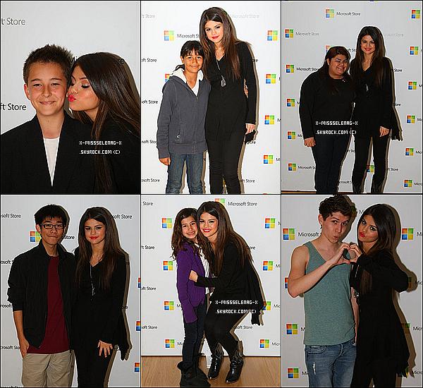 + March 26th  ;  Selena donnant un concert et un Meet&Great pour l'inauguration d'un magasin de Microsoft et le soir elle s'est rendue à l'anniversaire de Perez Hilton en BLEU ATTITUDE.+