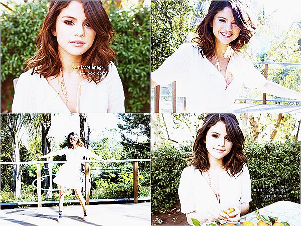 +  Nouveau photoshoot de Selena pour « Paper Magazine ».+ Deux nouvelles photos que Selena a posté sur Twitter. +