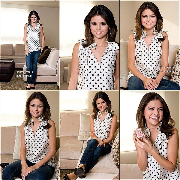 +  Photoshoot de Selena lors de son interview pour «Elle Magazine». (+) Nouvelles photos de Twitter postées par Selena. +