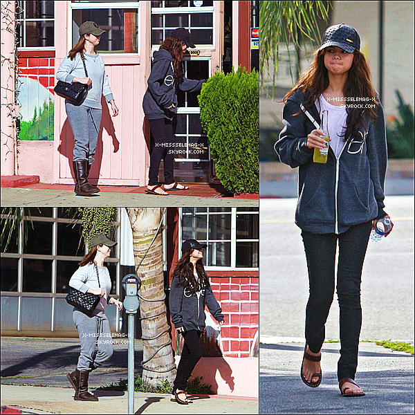 + January 16th  ;  Selena sortant du restaurant Bronco Burrito avec sa maman. +