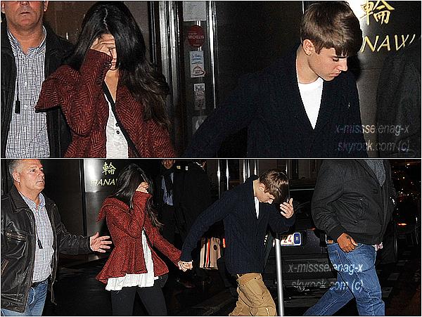 """+ November 8th  ;  Selena et son coupain ont était spotted sortant des studios d'NRJ et plus tard quittant le restaurant """"Devant Vous"""" à Paris.+"""