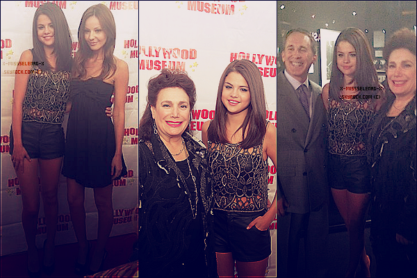 + May 30th  ;   Selena et Samantha Droke étaient au Marilyn Monroe Exhibit. + Trois nouvelles photos du promoshoot de Spring Breakers. +