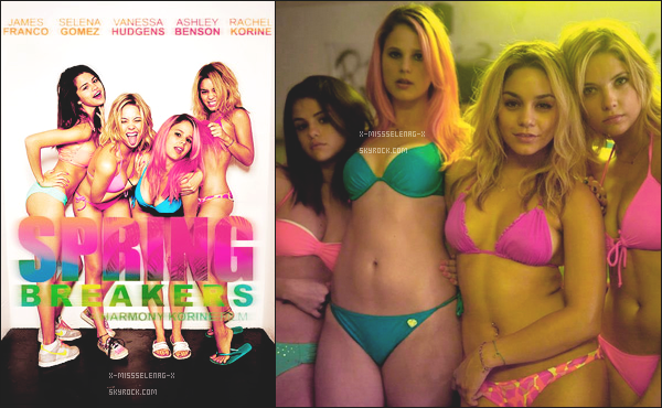 "+ August 6th  ;   Selena était encore sur le tournage de ""Behaving Badly"". + Découvrez le poster et une photo promotionnelle de Spring Breakers. +"