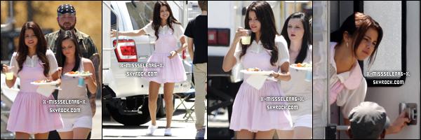 + August 10th  ;   SG. une fois de plus sur le set de BB filmant une scène amoureuse avec Nat.