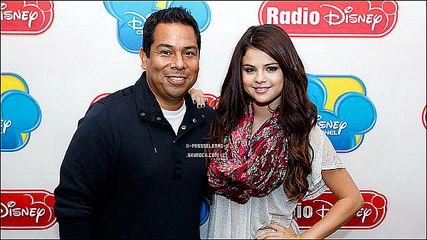 + September 28th  ;   Selena à l'émission «Ellen DeGeners Show» puis après à «Radio Disney». +