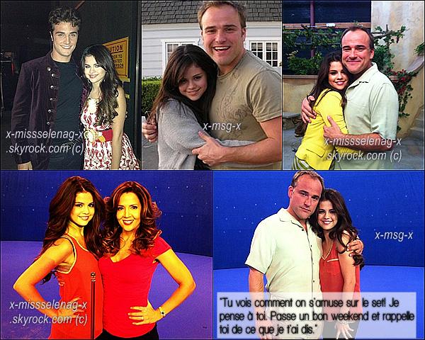 + November 10th  ;   Selena est enfin de sortie! Elle a été vue embarquant à LAX avec Ashley Cook et débarquant à JFK où Brian l'attendait. Ensuite, elle a été vue arrivant devant son hôtel. +