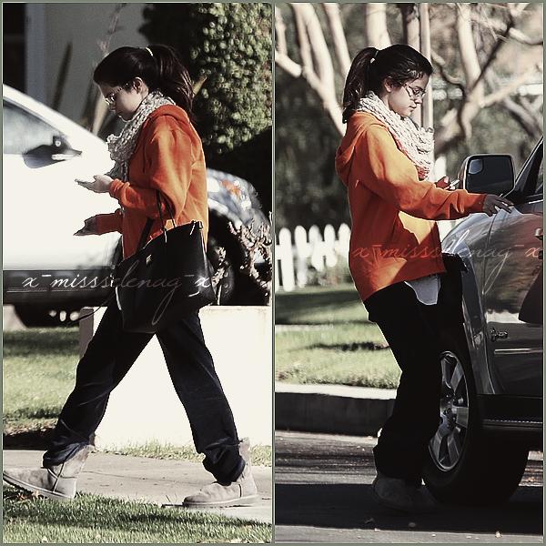 + January 22nd  ;   Selena allant au médecin puis sortant de chez des amis à Los Angeles. +