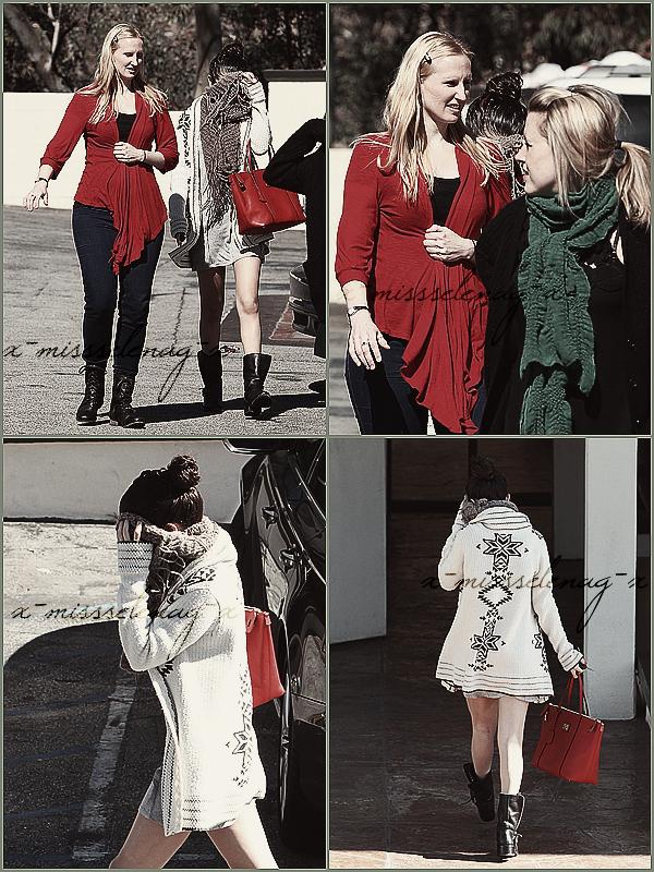 + February 14th  ;   Selena a été vue arrivant à «DuBose Entertainment» à Los Angeles. + Découvre ENCORE des photos pour Spring Breakers (promoshoot, stills, posters et la pochette de l'album soundtrack). +