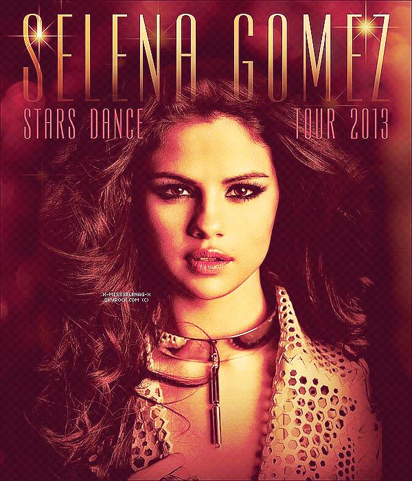 + April 6th  ;   Selena et ses amis à Bakerfield, en Californie. Ils ont fait une 'road trip' ce jour-là. +