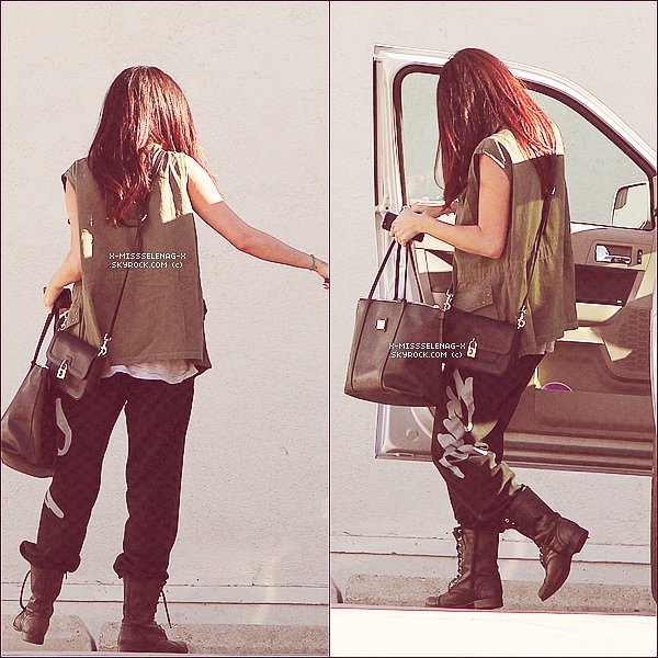 + April 10th & 11th  ;   Selena allant dans un studio à Los Angeles. +