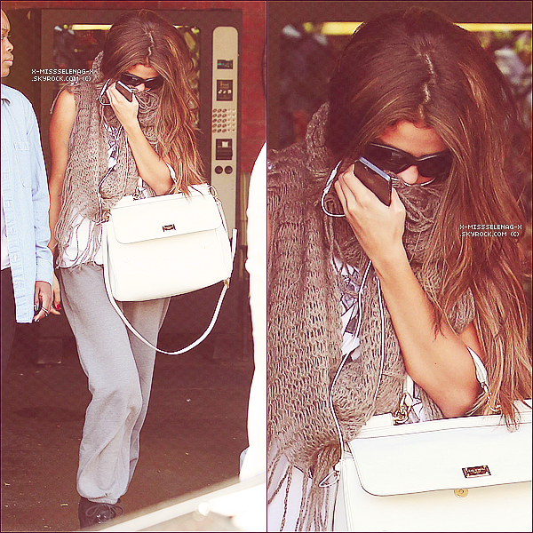 + May 15th  ;   Selena arrivant et quittant un studio de danse à Los Angeles. +