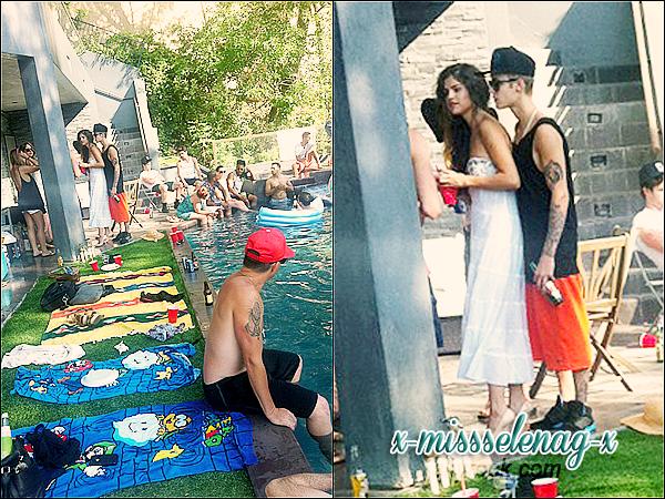 + July 4th  ;   Selena, des amies et Justin fêtant le jour de l'indépendance des Etats-Unis. +
