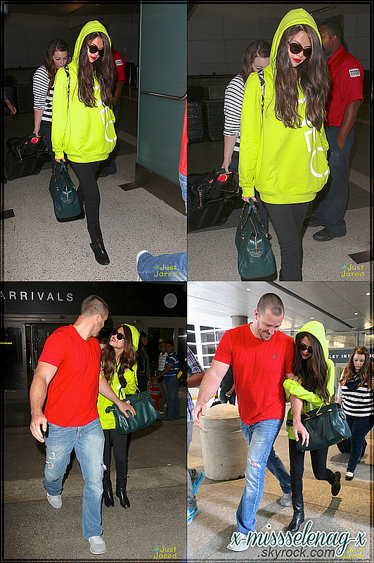 + July 10th  ; Selena arrivant au LAX airport. +