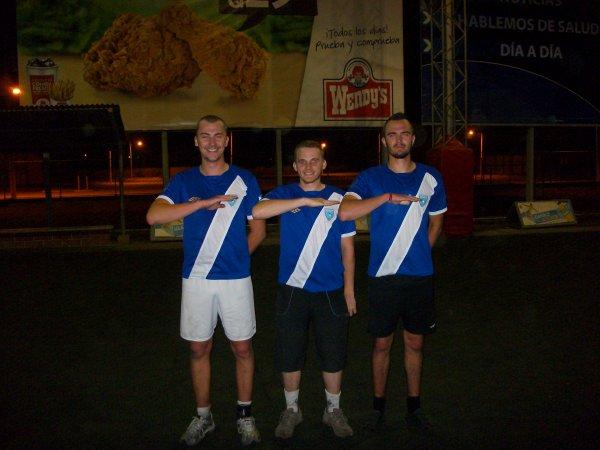 Premier match avec les maillots de la selection du Guatemala offert par notre ami Christian