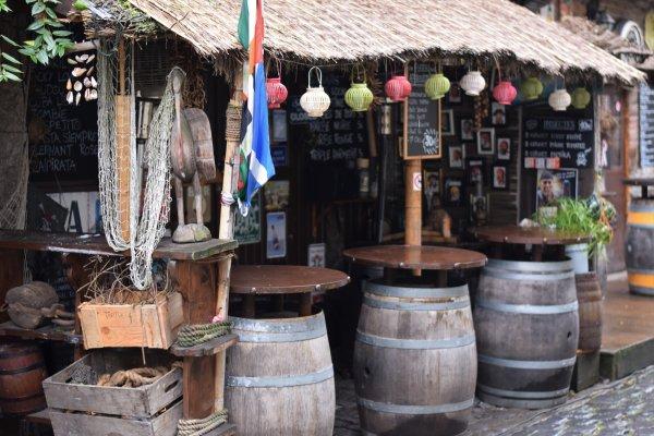 Tortuga Bar  à Durbuy.(Remix)