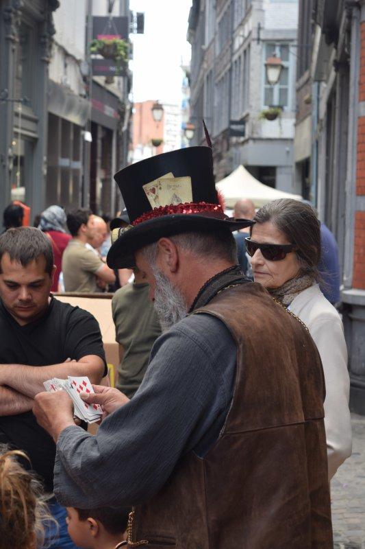 Divers personne photografiés en rue. Dont ma femme...