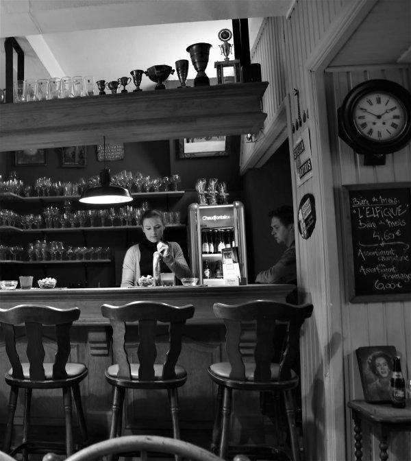 Photo d'un café dans Durbuy.