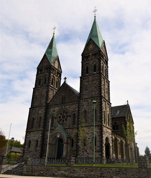 Une église assez impréssionnante...