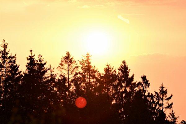 Plusieurs photos de couché de soleil à Spa...