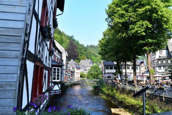 La suite des photos sur la ville de Montjoie. (Allemagne)