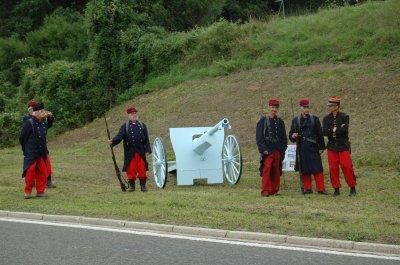 Sur les pas de la mémoire 2010 . Marche du souvenir du 22 août 1914 à Ethe .