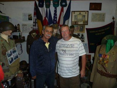 Le 10/10/10 .Visite d'un Colonel Artilleur (E.R.) du Brésil............( peut-être une ouverture....).