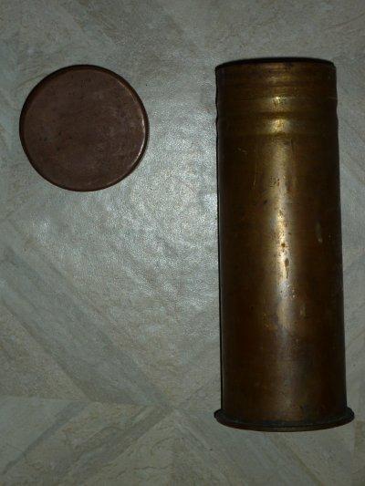 """Une """" boite"""" fabriquée a partir d'une douille de 1916."""