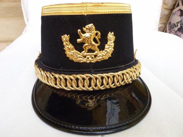 """Magnifique Tenue de l'"""" Ecole Royale Militaire"""",  avec son schako........"""