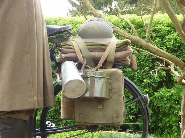 Mai 1940.....Les Chasseurs Ardennais sont prêt à Résister et Mordre..........