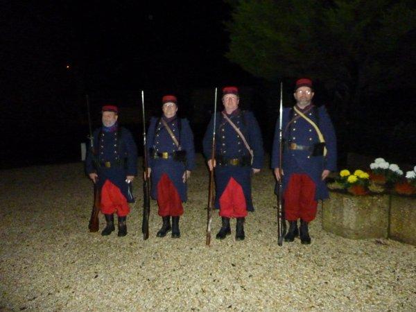 """Quelques photos des commémorations à Montmédy avec des représentants en uniformes issus de l'ASBL """"Sur les Pas de la Mémoire"""". Assosiation Belge."""