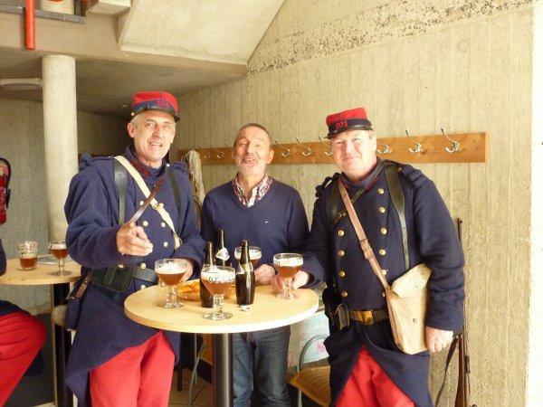 Trois Philippe autour d'orvaux lors d'une promenade didactique ce jeudi.........