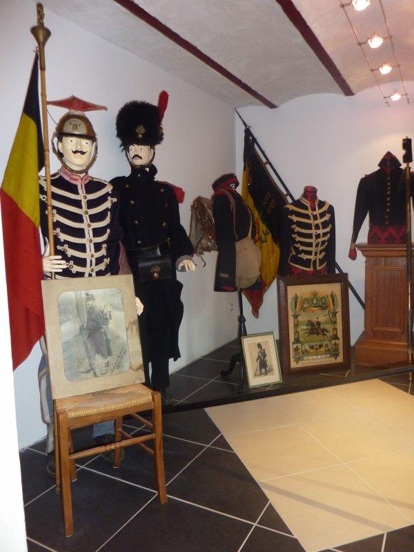 Voici quelques photos prises lors de la magnifique exposition organisée chez Pascal à Laiche. Expo qui s'est tenue du 22 sept. au 6 oct.